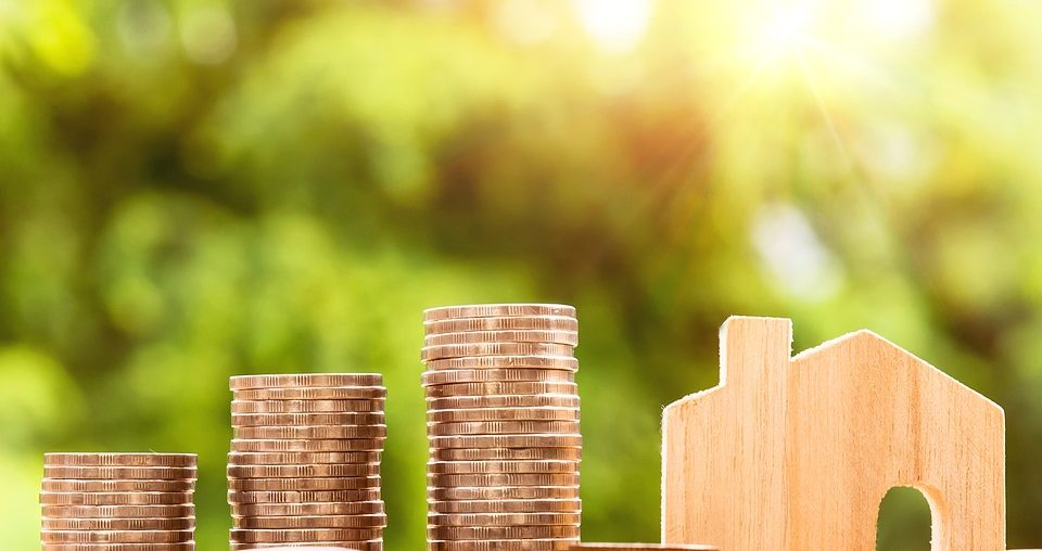 Smart Saving: How to Stay Sane While You Build A Deposit